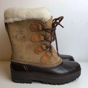 Beautiful Sorel alpine Caribou style boots sz 6